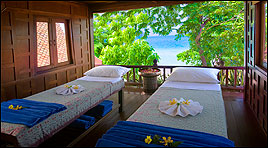 Feel sea air from Chewang beach as you relax on these massage beds